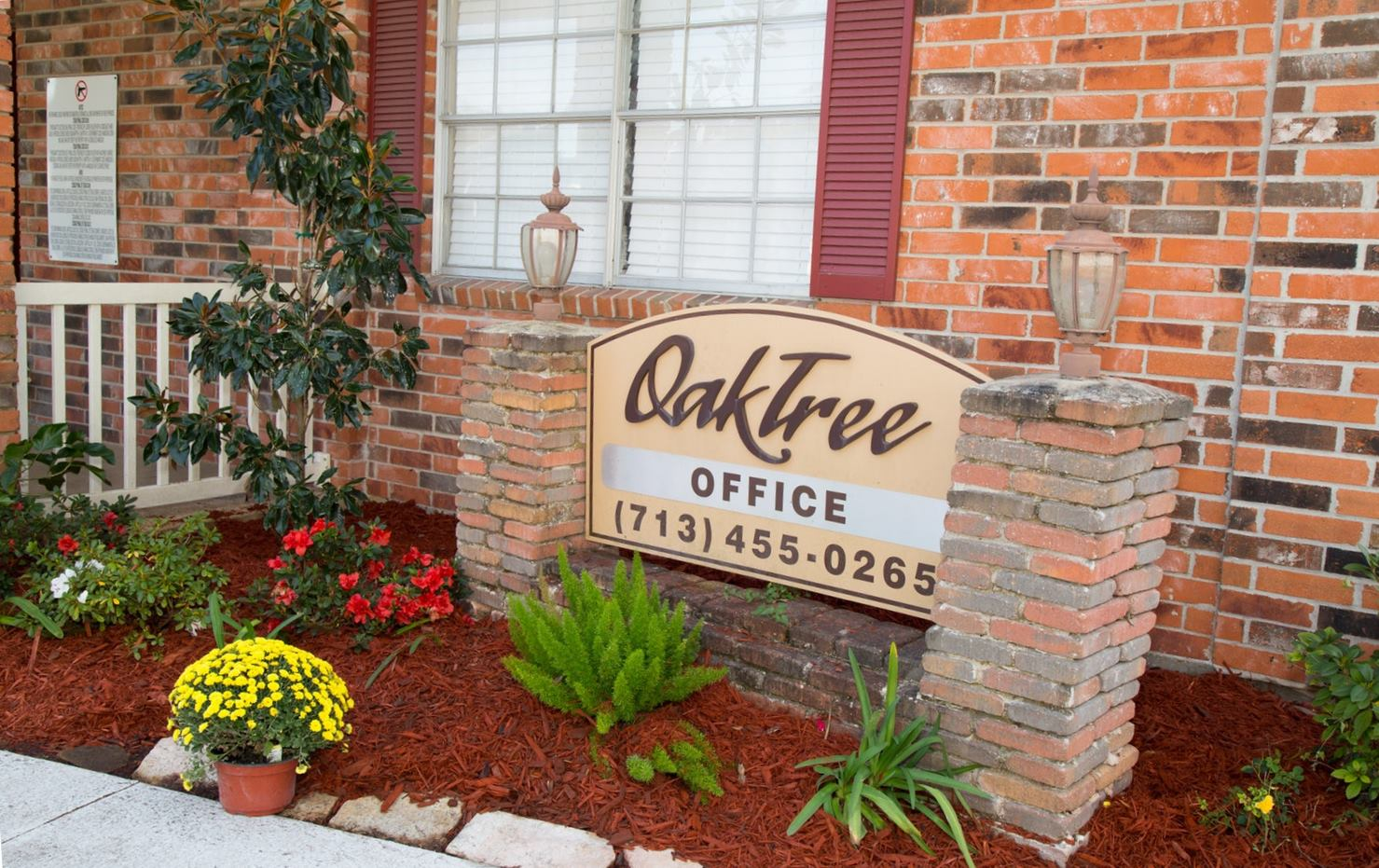 Oaktree Estates Signage
